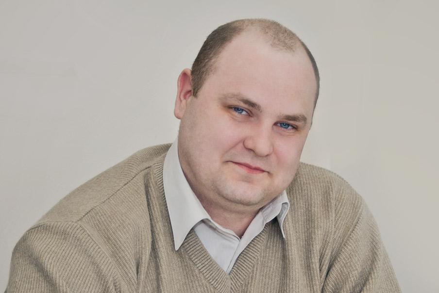 Dr. Nikolai Gora